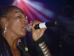 Highlight for Album: Zap Mama (Apr. 10, 2005 at the Mod Club)